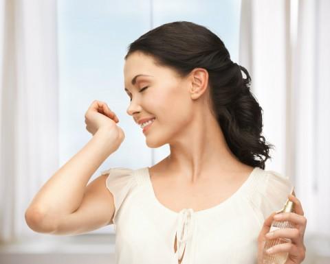 Tricks für mehr Haltbarkeit des Parfums