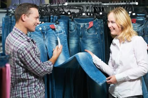 So finden Sie die richtigen Jeansformen für Ihre Figur