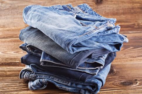 Used-Look bei Jeans-Hosen selber machen