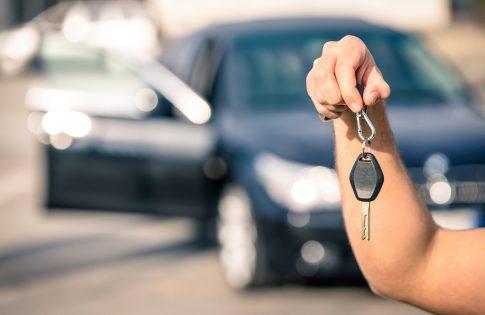 Vorsicht: Das sind die Tricks der Kärtchenhändler beim Autokauf